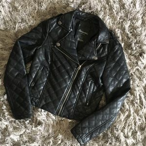 Aeropostale black quilted faux leather moto jacket